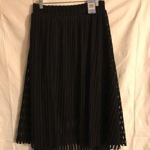 Torrid Black Overlay Skirt Sz. 24 - NWT